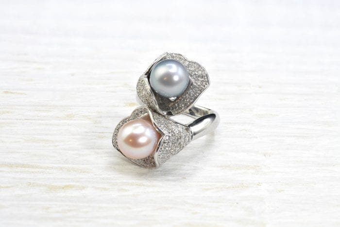 Toi et moi pearls and diamonds ring