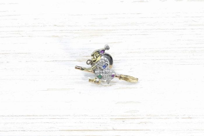 18k white and yellow gold brooch with sapphire