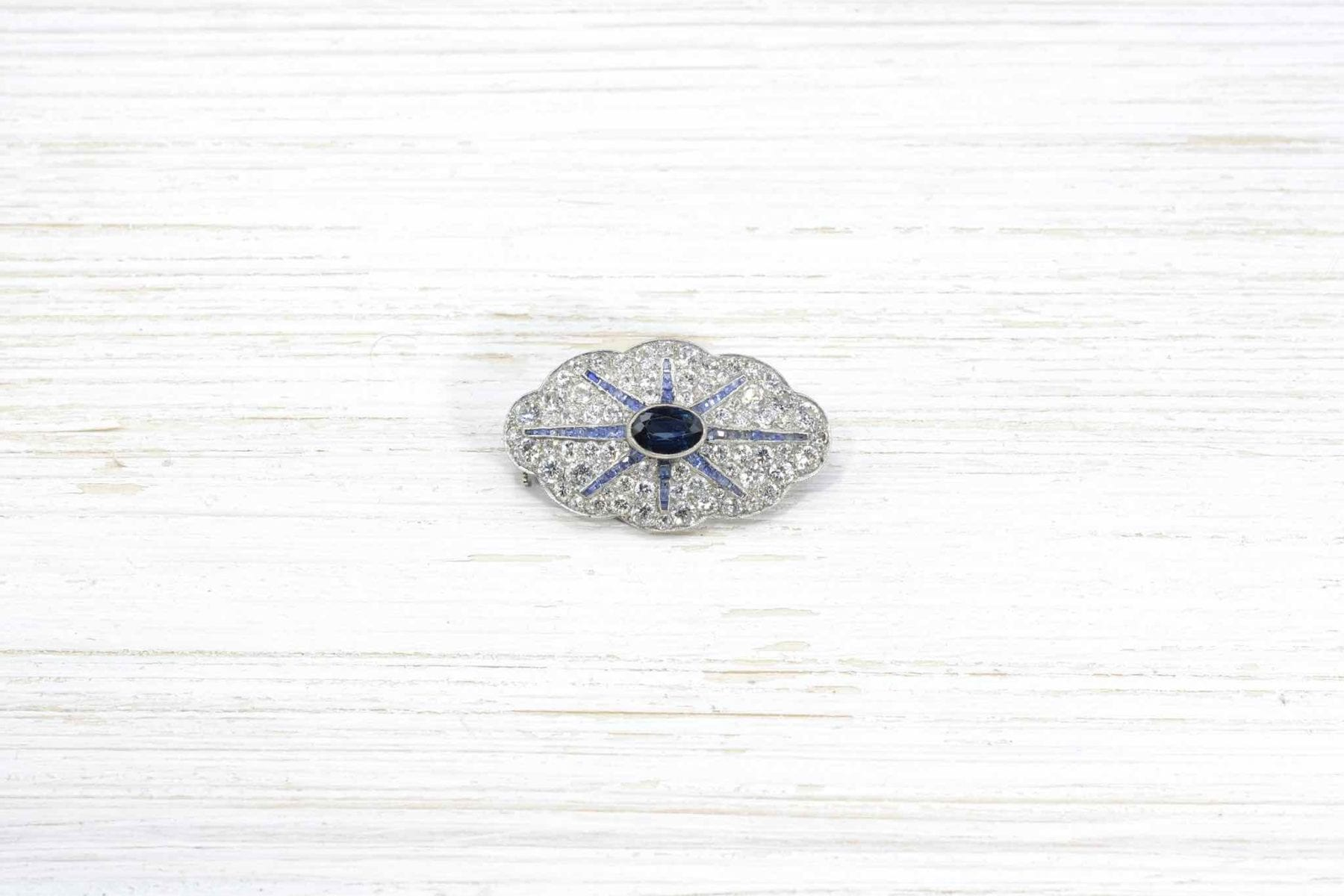 sapphire and diamonds brooch