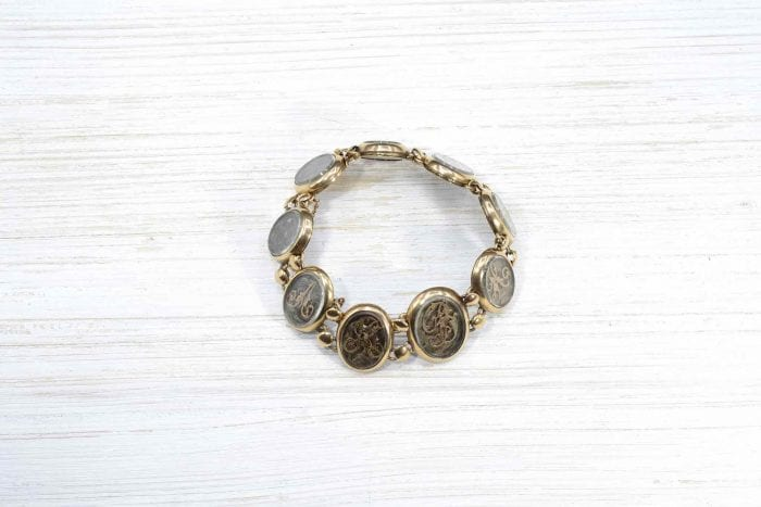 19th century bracelet in 18k gold