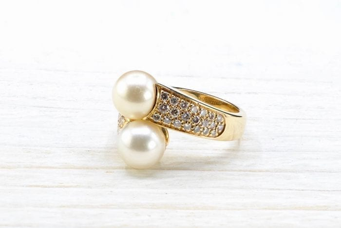 Boucheron ring ¨toi et moi¨with diamonds and pearls