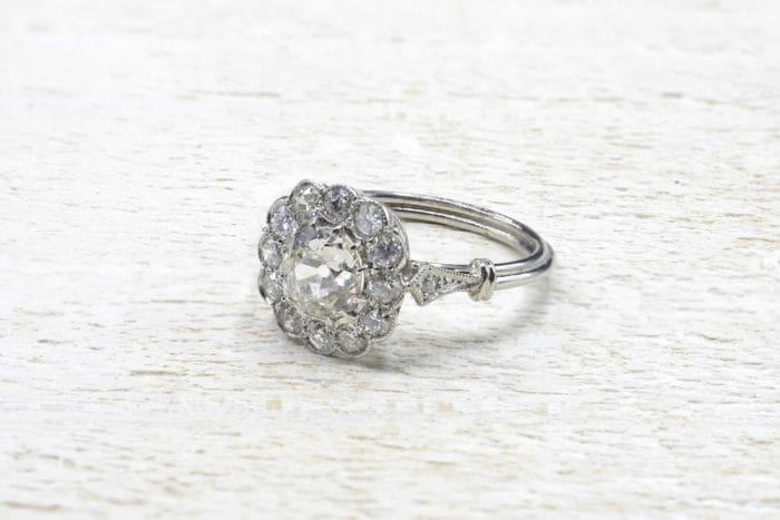 Platinum diamond pompadour ring