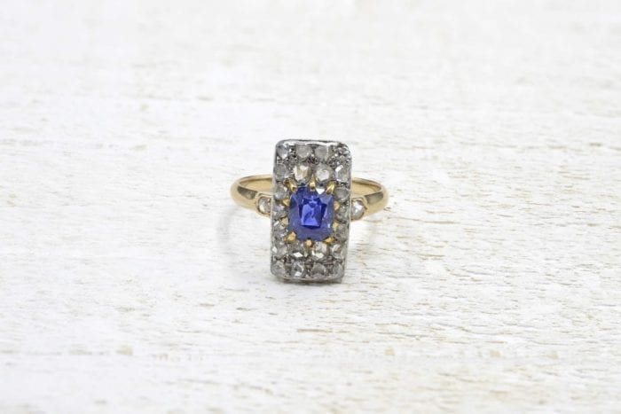 1900´s  Sapphire and diamonds ring