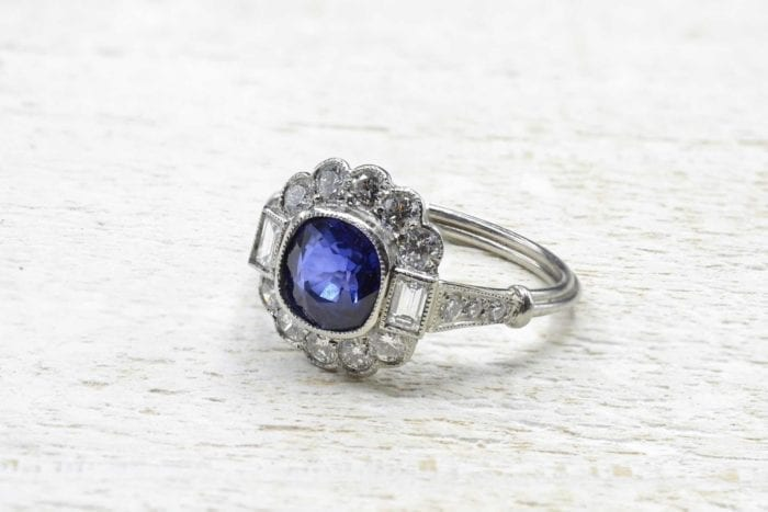 Vintage sapphire ring with platinum diamonds