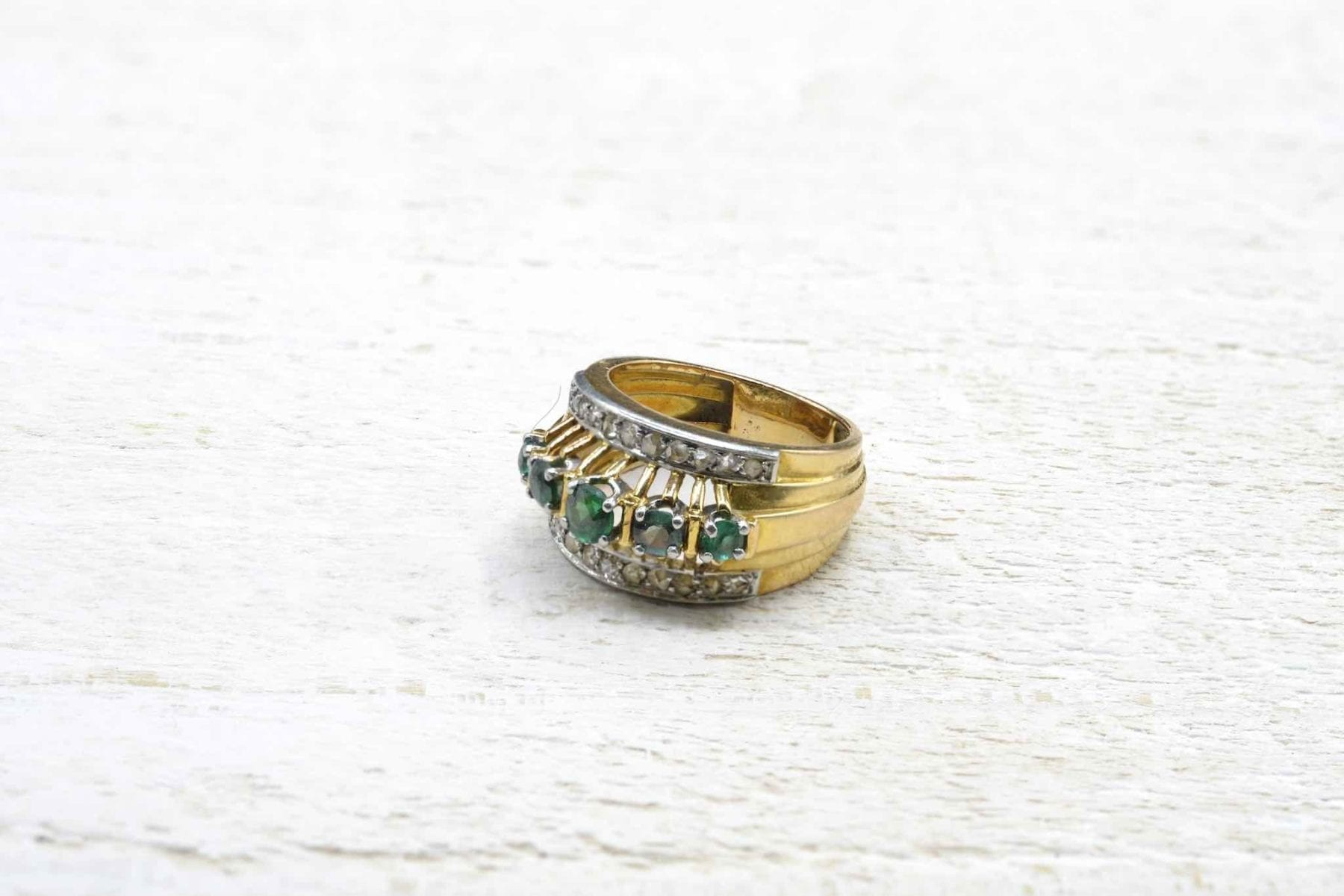 antique emerald ring in 18k gold