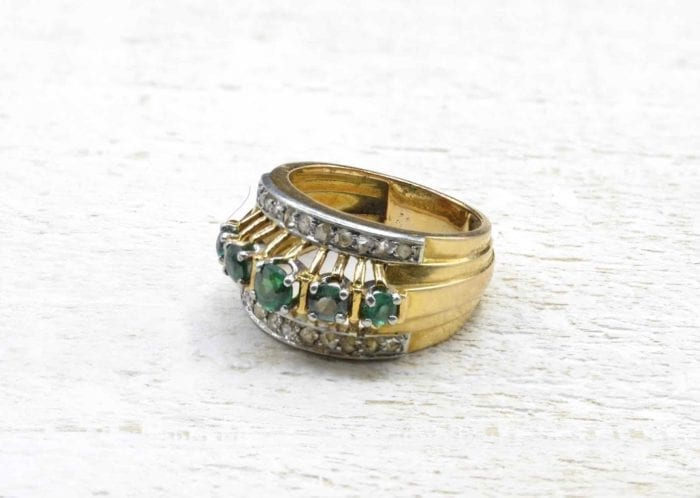 1950´s emerald and diamonds ring in 18k gold
