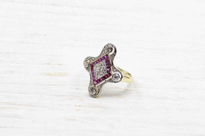 Art Deco ruby diamond ring in 18k yellow gold