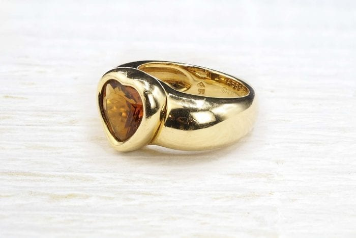 Piaget heart citrine ring in 18k yellow gold