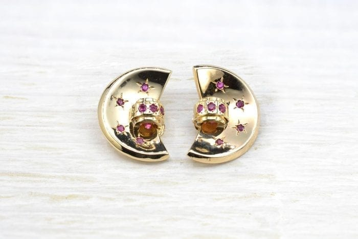 Ruby clip earrings in 18k yellow gold