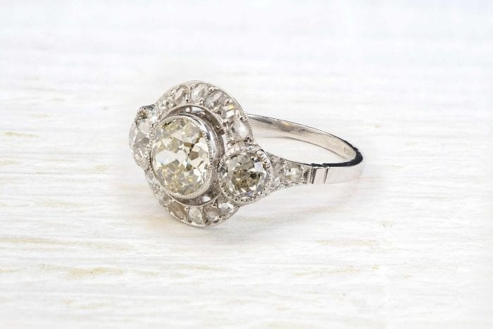 1930´s platinum diamonds ring