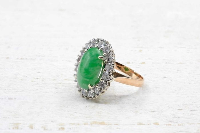 18k yellow gold jade and diamonds pompadour ring