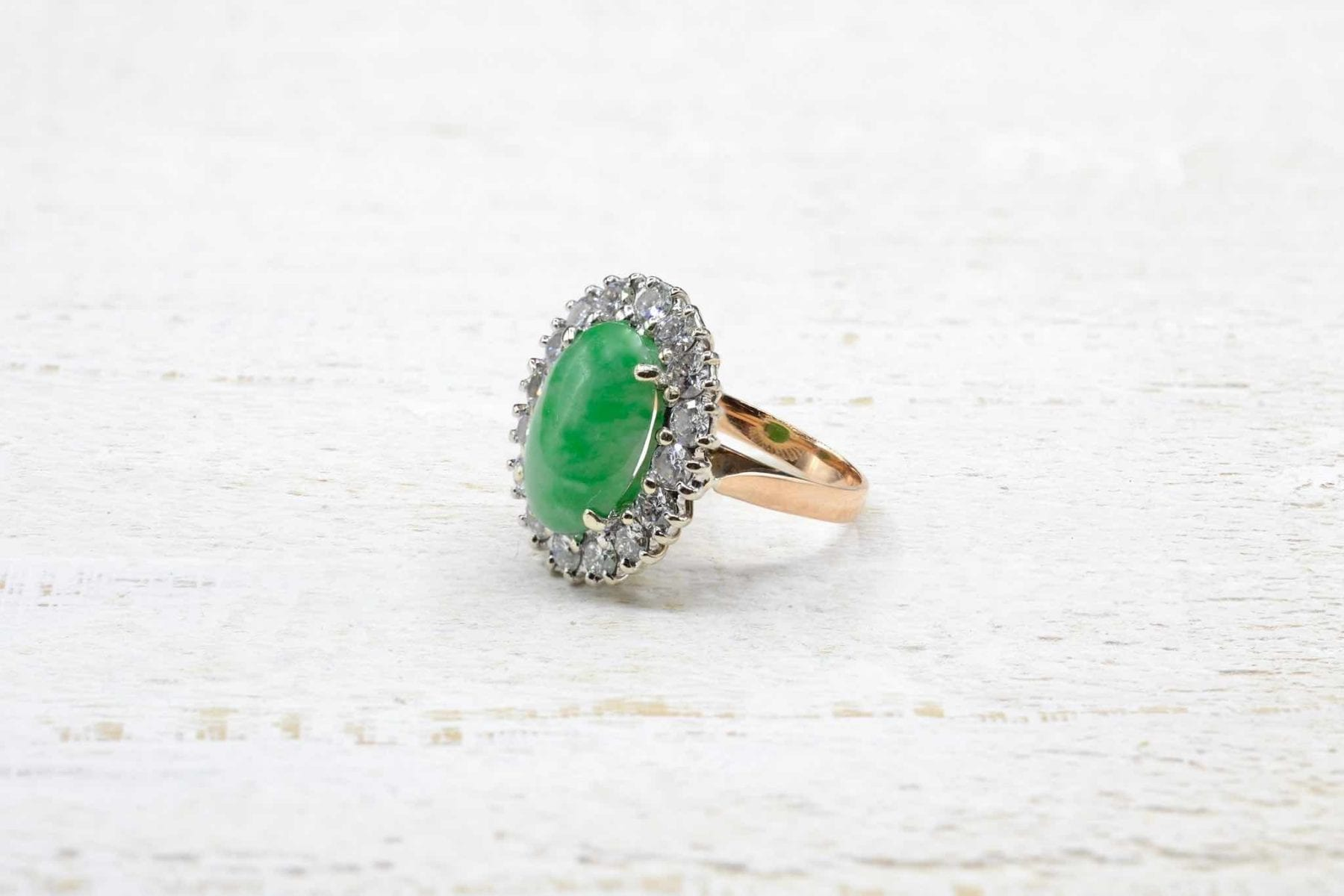 18k yellow gold and jade ring