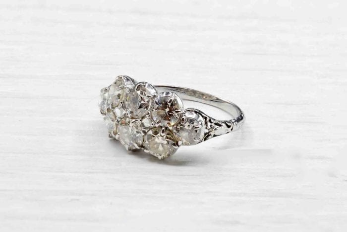 Antique platinum diamonds ring