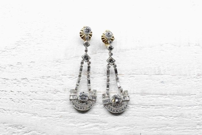 Art Deco platinum diamonds earrings