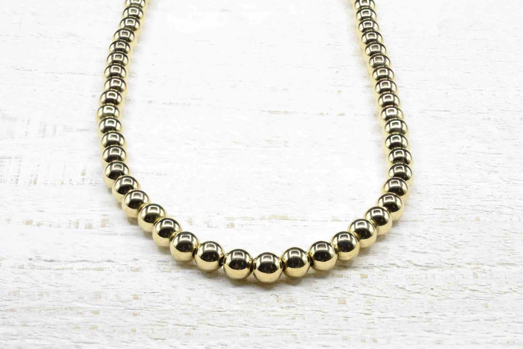 gold pearls necklace