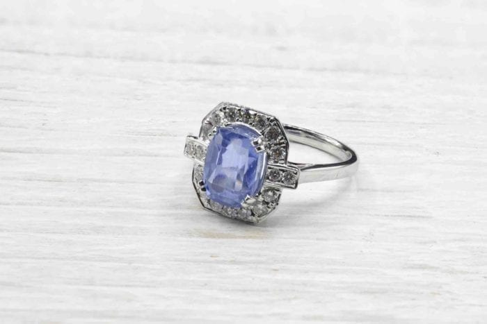 Ceylon sapphire ring and diamonds ring in 18k gold