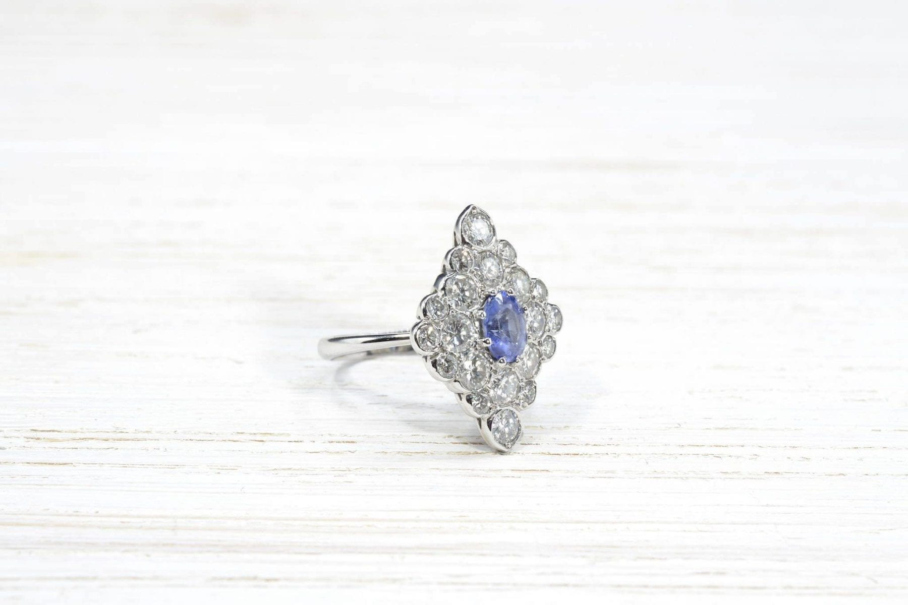 white gold diamonds and sapphire ring