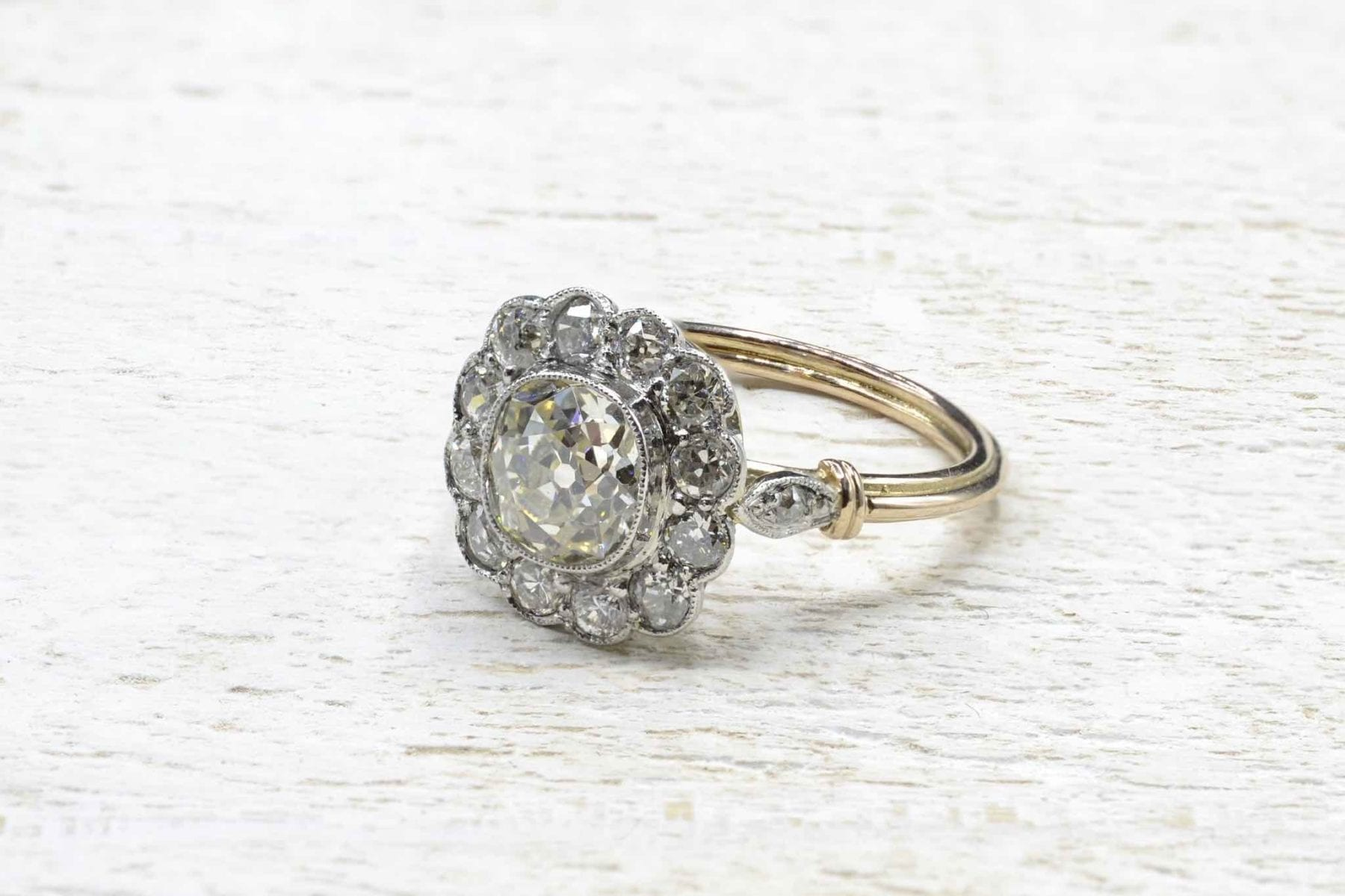 daisy diamonds ring