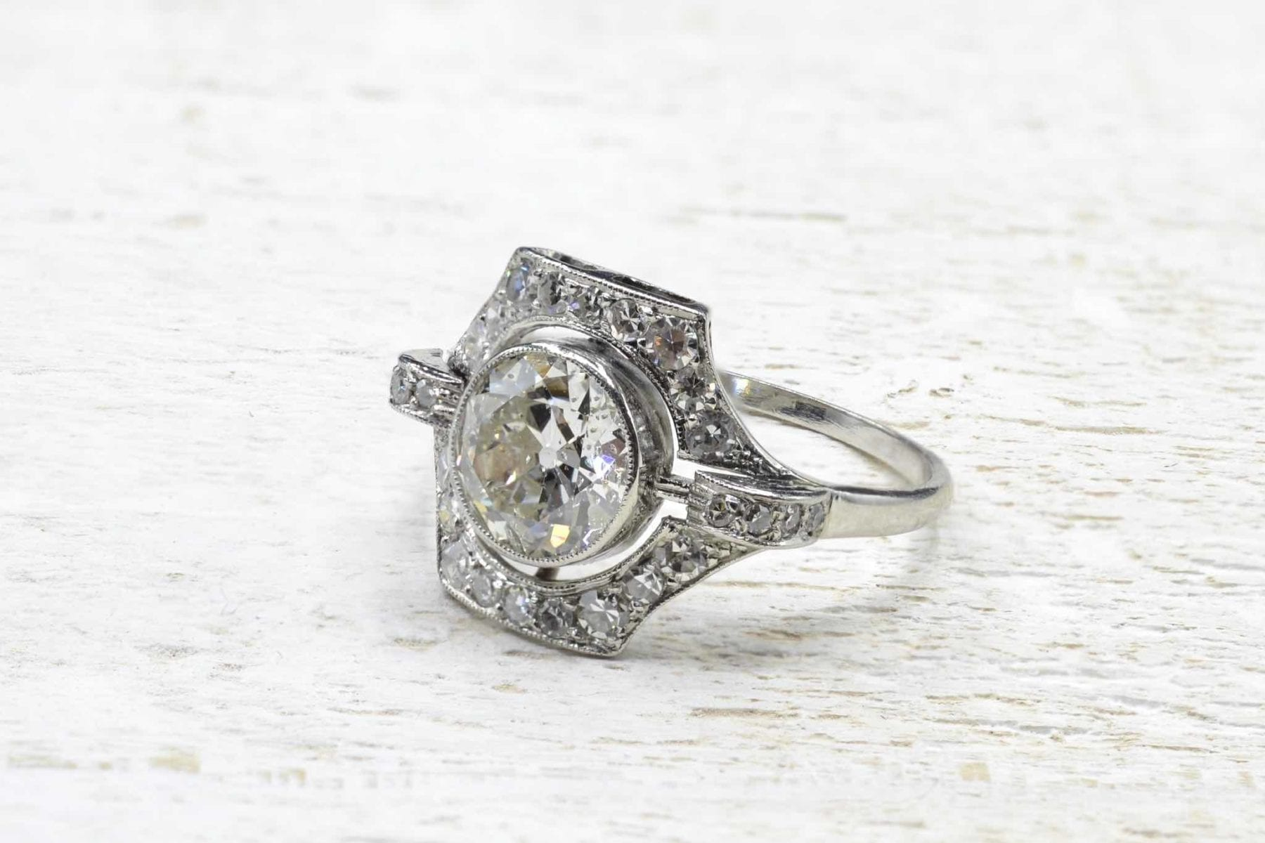 platinum diamonds vintage ring