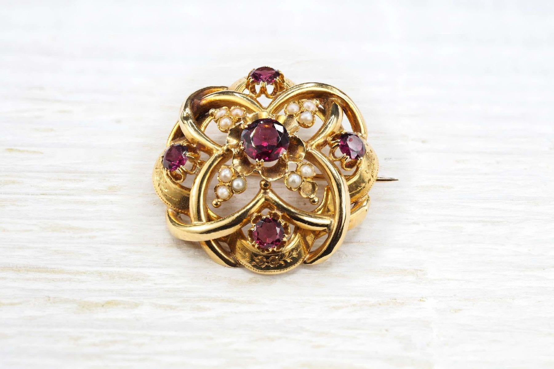 19th century garnets brooch